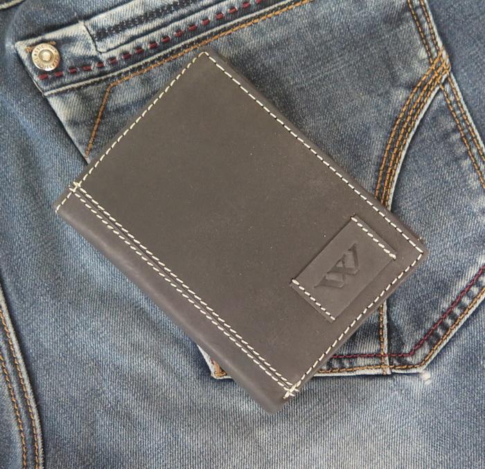 Кожаный мужской кошелек