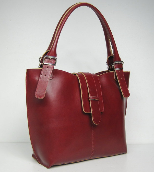 4a581df59d29 Многих могут заинтересовать маленькие элегантные итальянские сумочки ...